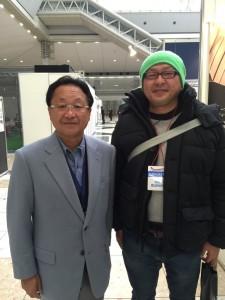 左は往年の名選手、倉本昌弘会長