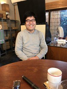 「月刊アクリル運動部第3号」ゲスト:眼鏡士 Japan Optometric Association神田泰志(前編)